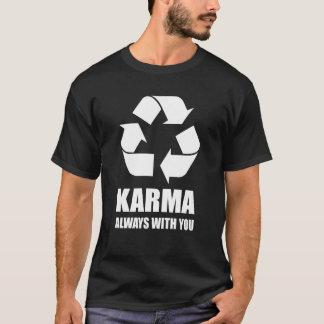 Camiseta Karmas sempre com você Buddha budista engraçado