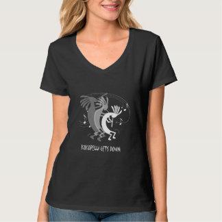 Camiseta Kokopelli obtem abaixo do t-shirt preto das