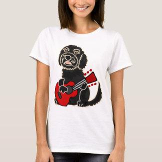 Camiseta Labradoodle engraçado que joga a guitarra