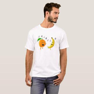 Camiseta Laranja e banana de dança