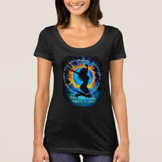 Camiseta Leapin e hoppin em um moonshadow, eclipse solar