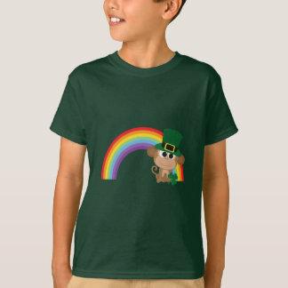 Camiseta Leprechaun bonito do macaco