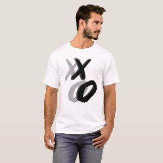 Camiseta Letra da pintura da escova de XO