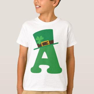 Camiseta Letra do Dia de São Patrício um alfabeto