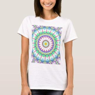 Camiseta Lightblue dos retalhos da mandala criado por Tutti