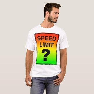 Camiseta Limite de velocidade? Sinal com cores do sinal de
