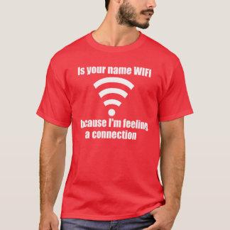 Camiseta Linha engraçada do recolhimento: Conexão de WIFI