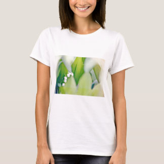 Camiseta Lírio do esboço do vale