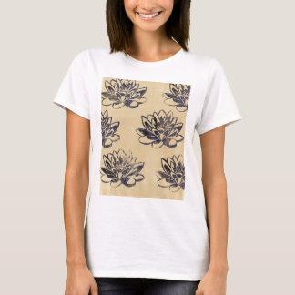 Camiseta Lírios de água dourados dois
