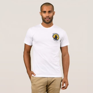 Camiseta Logotipo esperto do bolso da HASTE do homem das