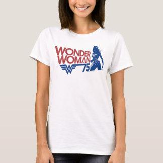 Camiseta Logotipo vermelho & azul do aniversário da mulher