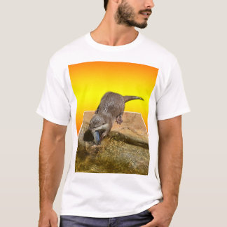 Camiseta Lontra que come peixes saborosos por sua lagoa,