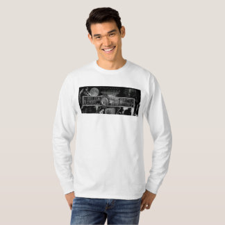 "Camiseta Lorelei Blondel ""homens da madrinha espectral"" por"