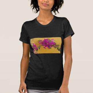 Camiseta Luz do sol amarela do arco da flor do rosa da
