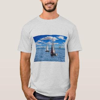 Camiseta Luz na moda do barco de vela dos homens - tshirt