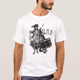 Camiseta M.A.D- Balancim de esqueleto