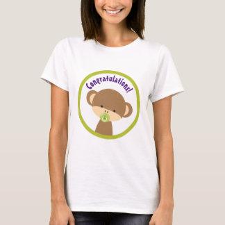 Camiseta Macaco do bebê de Brown com parabéns do Pacifier