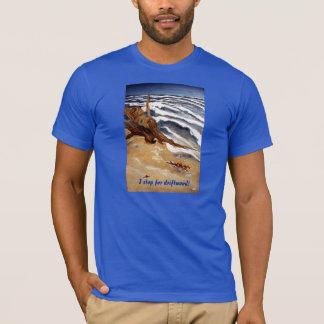 Camiseta Madeira lançada costa pelo t-shirt da praia