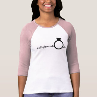 Camiseta #makinglemonadeoutta sempre funcionando para a