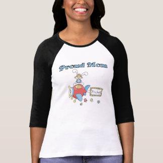Camiseta Mamã orgulhosa do avião é um menino