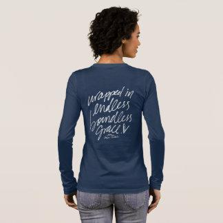 Camiseta Manga Longa Envolvido na benevolência ilimitada infinita