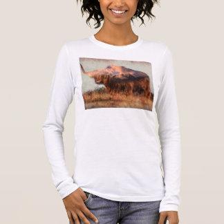 Camiseta Manga Longa Iaques selvagens - iaques nepal - arte da