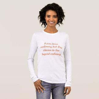 "Camiseta Manga Longa Luva longa branca ""além"" do t-shirt ordinário"