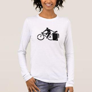 Camiseta Manga Longa Monte uma bicicleta não um carro