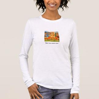 Camiseta Manga Longa Mulher do vintage que conduz & que faz malha