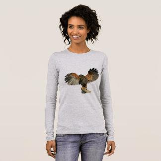 Camiseta Manga Longa O Flapping do falcão voa a pintura da aguarela