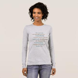 Camiseta Manga Longa O senhor é o êxodo de perdão de amor clemente 34