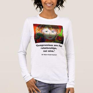 Camiseta Manga Longa Senhora e vinho