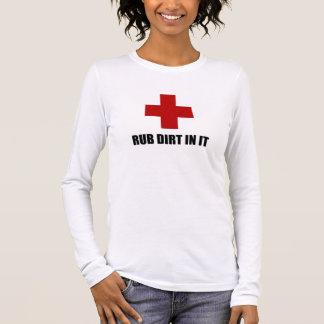 Camiseta Manga Longa Sujeira da RUB nela