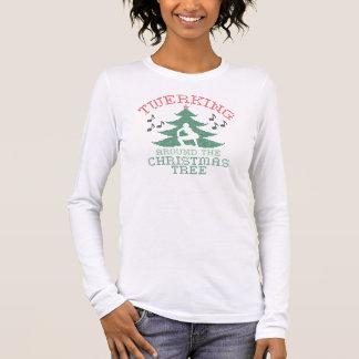 Camiseta Manga Longa Twerkin em torno da camisola da árvore de Natal