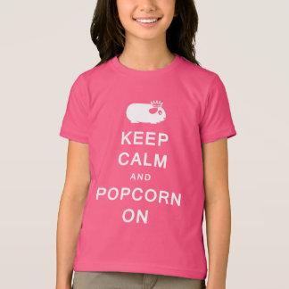 Camiseta Mantenha a calma & a pipoca no t-shirt das