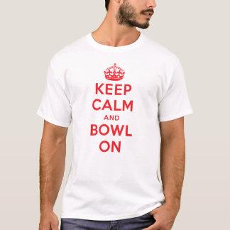 """Camiseta """"Mantenha a calma e a bacia"""" - na luz (os homens)"""