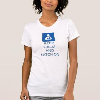 Camiseta Mantenha a calma e a trava sobre