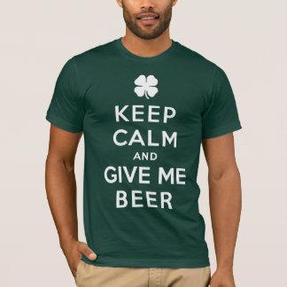 Camiseta Mantenha a calma e dê-me o t-shirt da cerveja