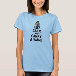 Camiseta Mantenha a calma e leve uma varinha