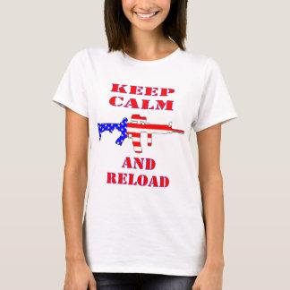 Camiseta Mantenha a calma e recarregue o rifle da bandeira