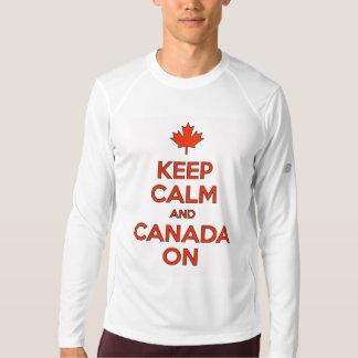 Camiseta Mantenha a calma & o Canadá sobre!