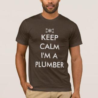 Camiseta mantenha a calma que eu sou um canalizador