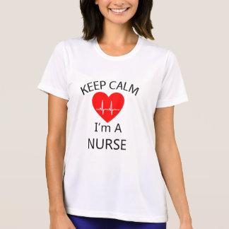 Camiseta Mantenha a calma que eu sou uma enfermeira