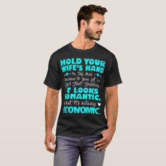 Camiseta Mantenha a mão da sua esposa na alameda realmente
