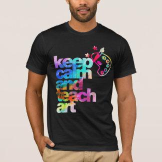 Camiseta mantenha calmo e ensine a arte