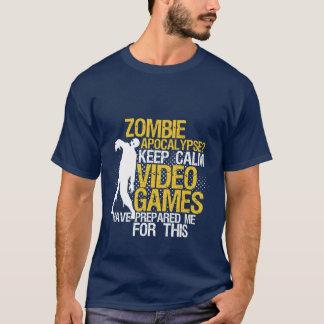 Camiseta Mantenha o apocalipse engraçado calmo do zombi do