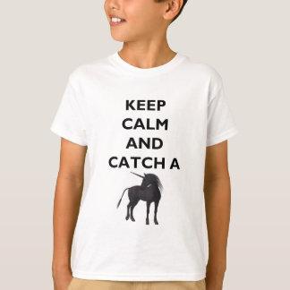 Camiseta Mantenha t-shirt calmo e da captura do unicórnio