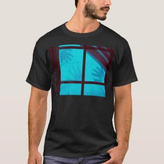 Camiseta Mãos do fantasma na janela