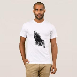 Camiseta Mãos e borboletas Praying