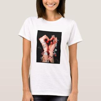 Camiseta Mãos envolvidas pelo amor